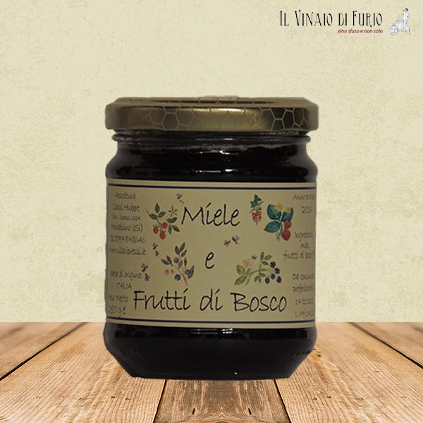 Miele italiano e frutti di bosco